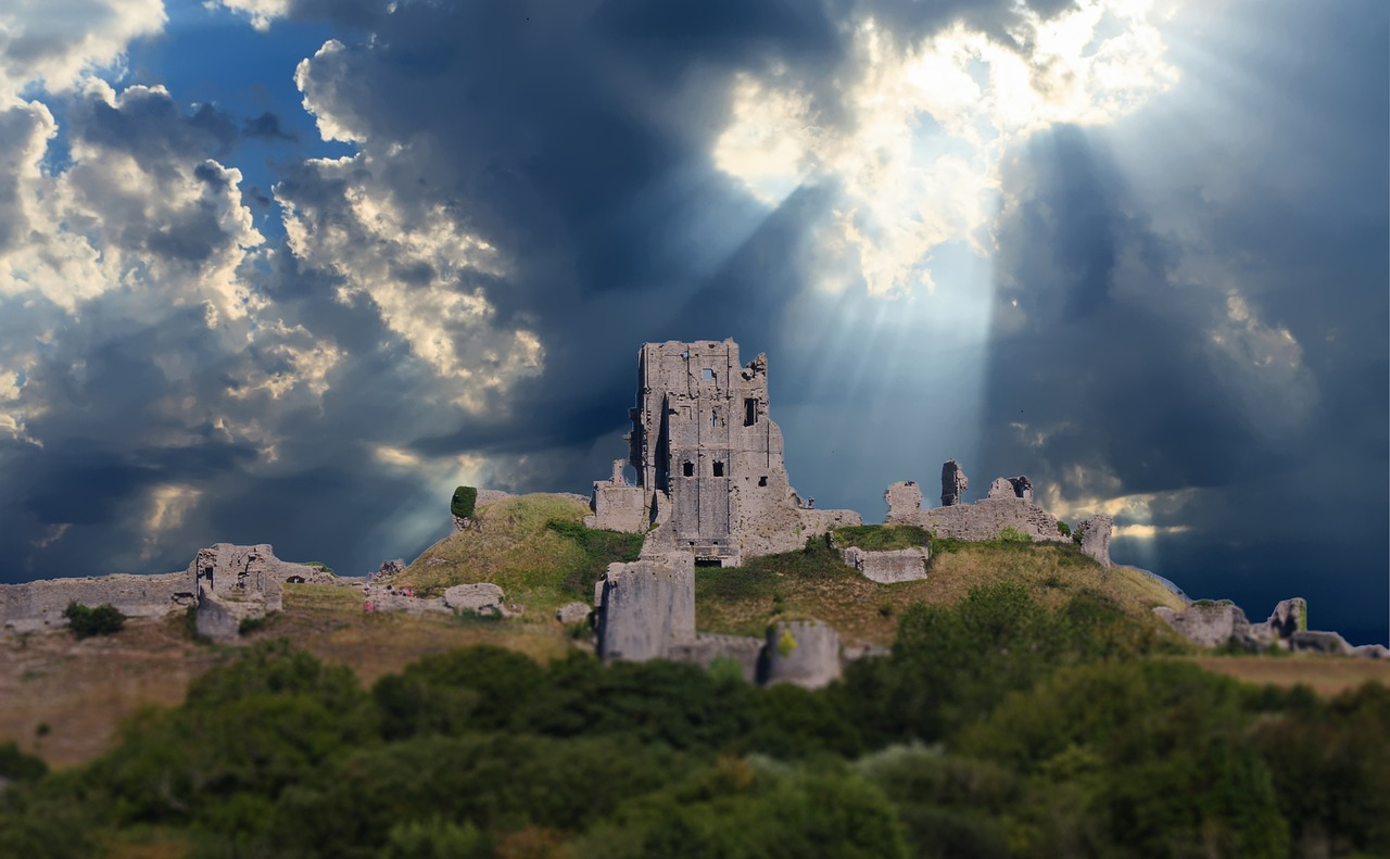 castle-2079920_1280