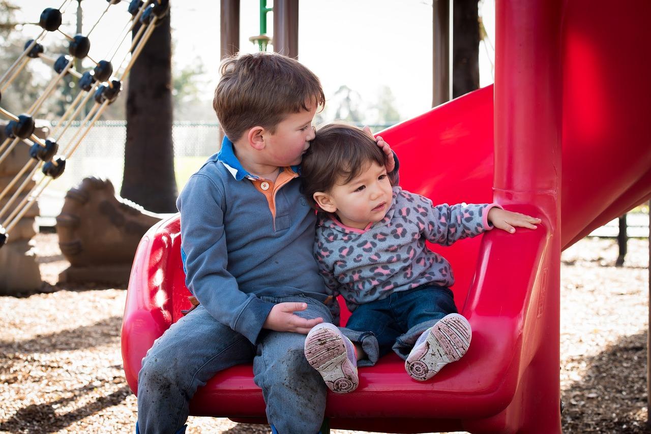 cute-kids-2435549_1280